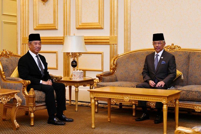 Perdana Menteri Malaysia Tan Sri Muhyiddin Yassin dan Raja Malaysia Yang Di-Pertuan Agong Al-Sultan Abdullah di Istana Negara. Foto : ANTAR/Ho-Istana Negara.